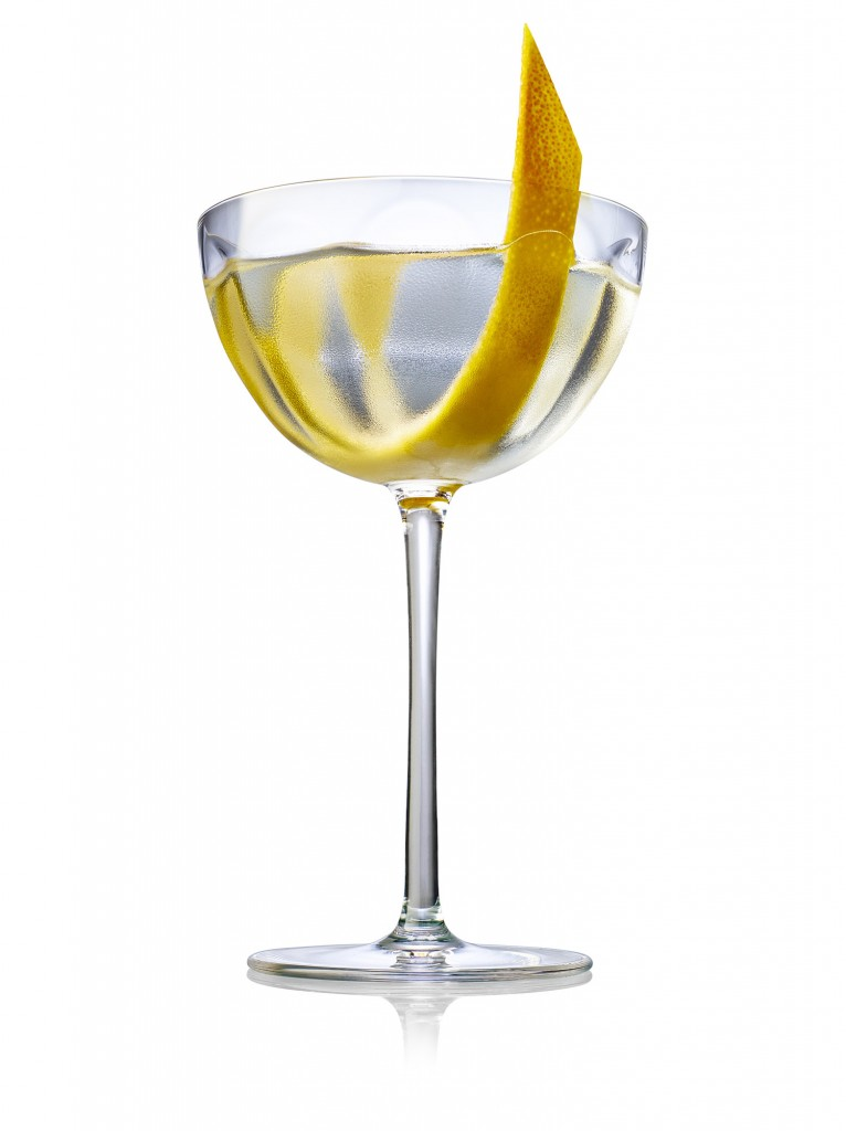 TANQ WHITE BG F PERFECTMARTINI | Tanqueray No.10