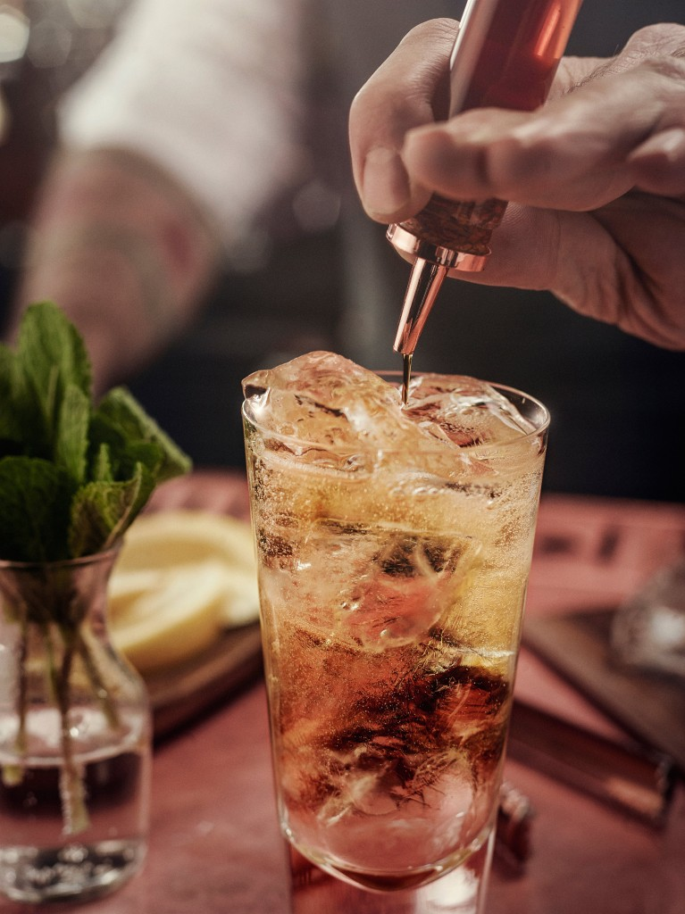 Haig Clubhouse Soda Ing w3 | Diageo World Class