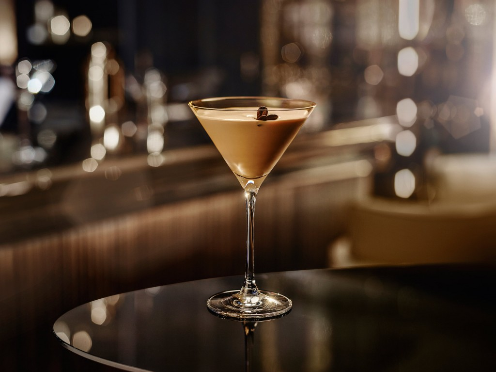 Flat White Martini 100 w5 | Baileys