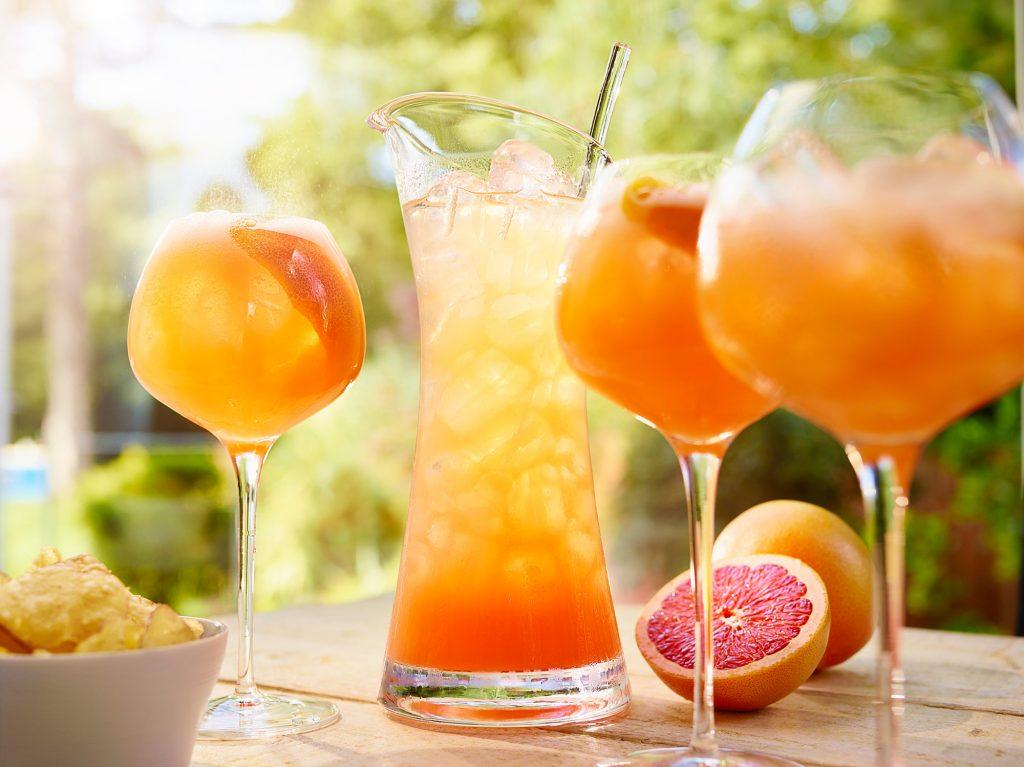 Tanqueray 10 Grapefruit Fizz C Crave w2 | Diageo Summer Drinks