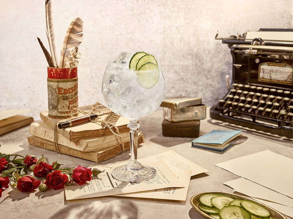 RL HENDRICKS Gin and Tonic 2 SERVE B W4 NO BOTTLE | Hendrick's Gin