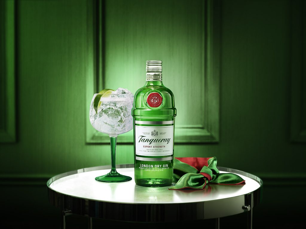 Tanqueray London Dry w5c   Tanqueray Gin