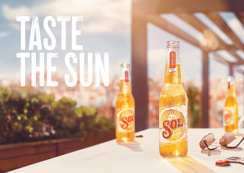 02. Landscape HERO 33 CC 3 bottles cap off | Sol Beer